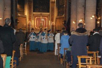 Procession aux fonts baptismaux